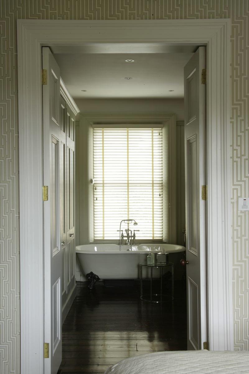 HOUSE AT RANELAGH, DUBLIN 6   BATHROOM